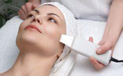 какая чистка лица лучше механическая или ультразвуковая