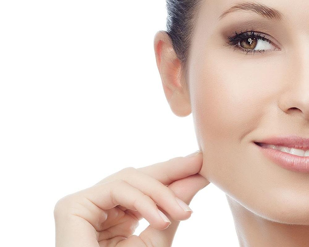 Уколы гиалуроновой кислоты для лица: кому полезны, а кому противопоказаны инъекции